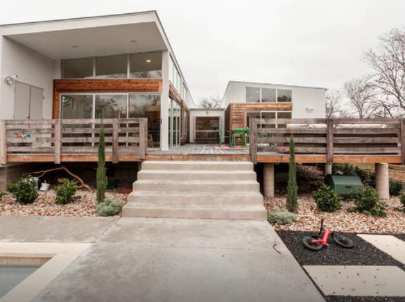 La casa di sara austin stati uniti guesttoguest for Calcare di piani casa texas