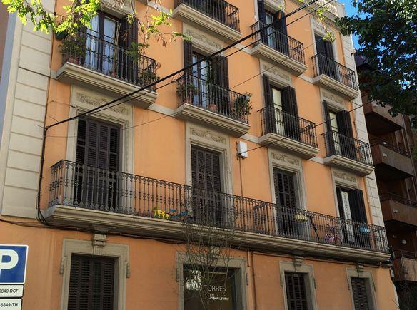 La maison de laura y andr s barcelona espagne - La maison barcelona ...