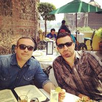 Profile of Leo&Luis