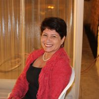 Profil de Carmen Edith