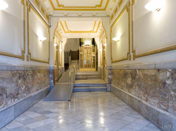 La maison de armand barcelona espagne guesttoguest - La maison barcelona ...